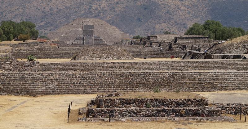 Calzada de los Muertos en Teotihuacán