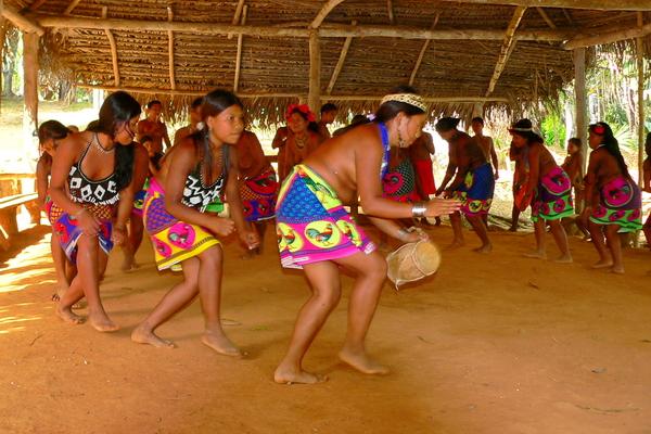 Danza Embera 2