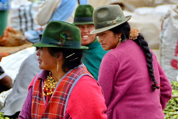 Mercado 24 de mayo de Otavalo 2