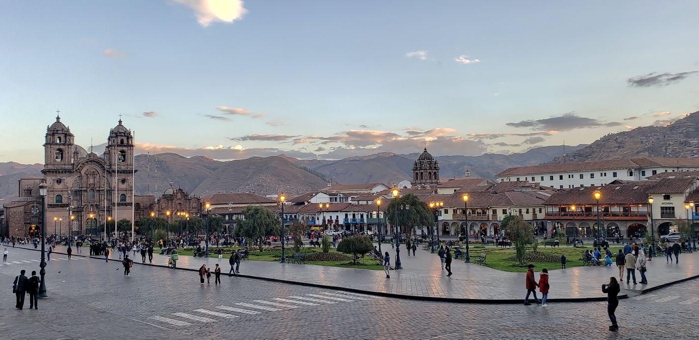 cuzco-plaza de-armas-1
