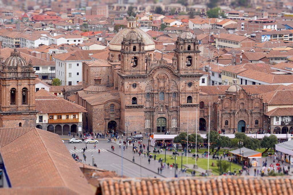 cuzco-plaza de-armas-2