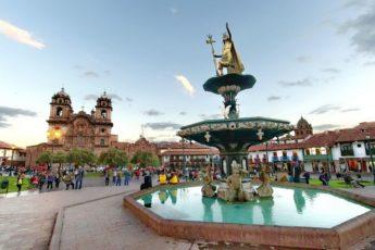 cuzco-`plaza-de-armas