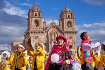cuzco-plaza-armas